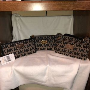 Michael Kors Jet Set Wristlet, Wallet, Makeup Set